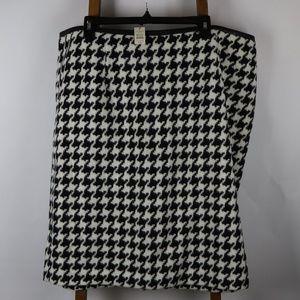 Black & White Pattern Wool Skirt